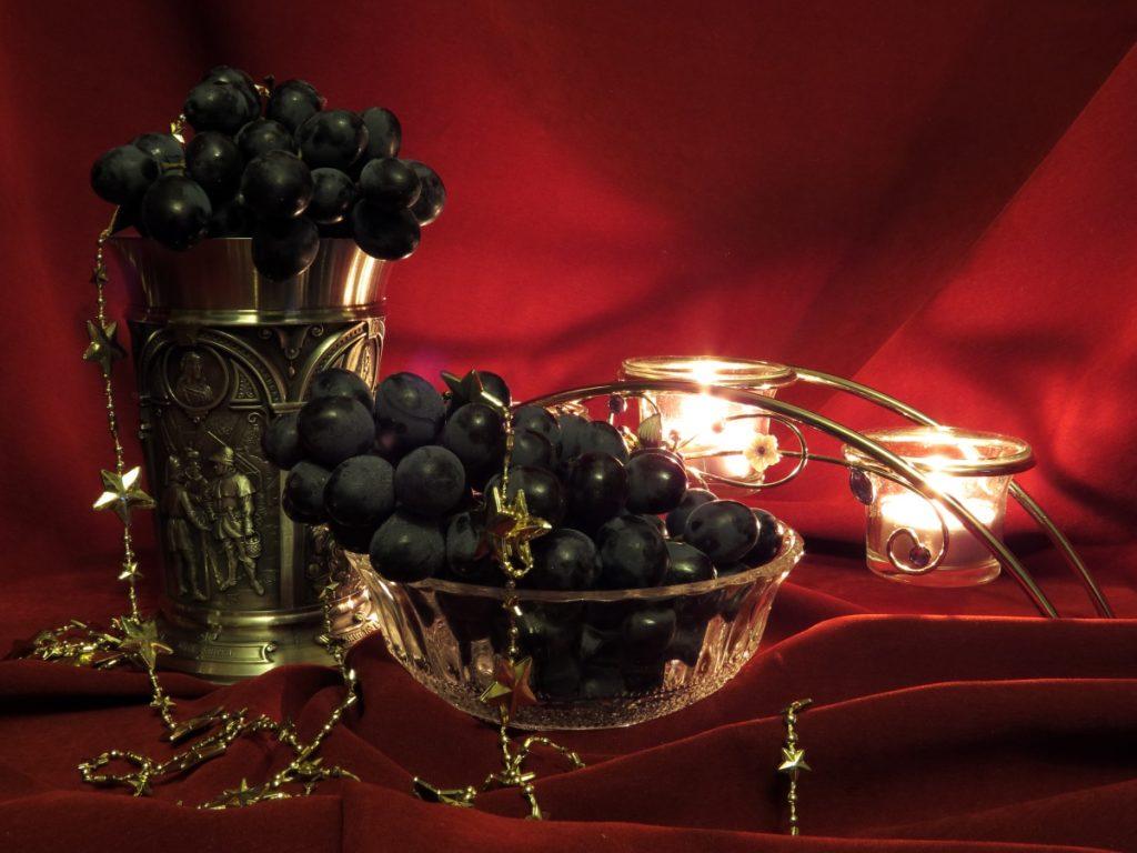 Composición con uvas